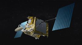 OneWeb mit dem illustren Greg Weyler an der Spitze baut eine Konstellation mit etwa 650 Satelliten. Die Satelliten wiegen knapp 200 Kilogramm und operieren in etwa 1200 Kilometer Höhe. Die Firma ist Konkurs gegangen, die Konstellation wird aber voraussichtlich online gehen. Quelle: OneWeb