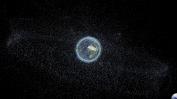 Trümmerstücke ausgebrannter Raketen, alter Satelliten und deren Reste nach Kollisionen und Explosionen. Solche Trümmer befinden sich hauptsächlich im erdnahen Orbit (LEO), aber auch in höheren Umlaufbahnen wie dem geostationären Orbit (GEO). Quelle: TU Braunschweig / DLR
